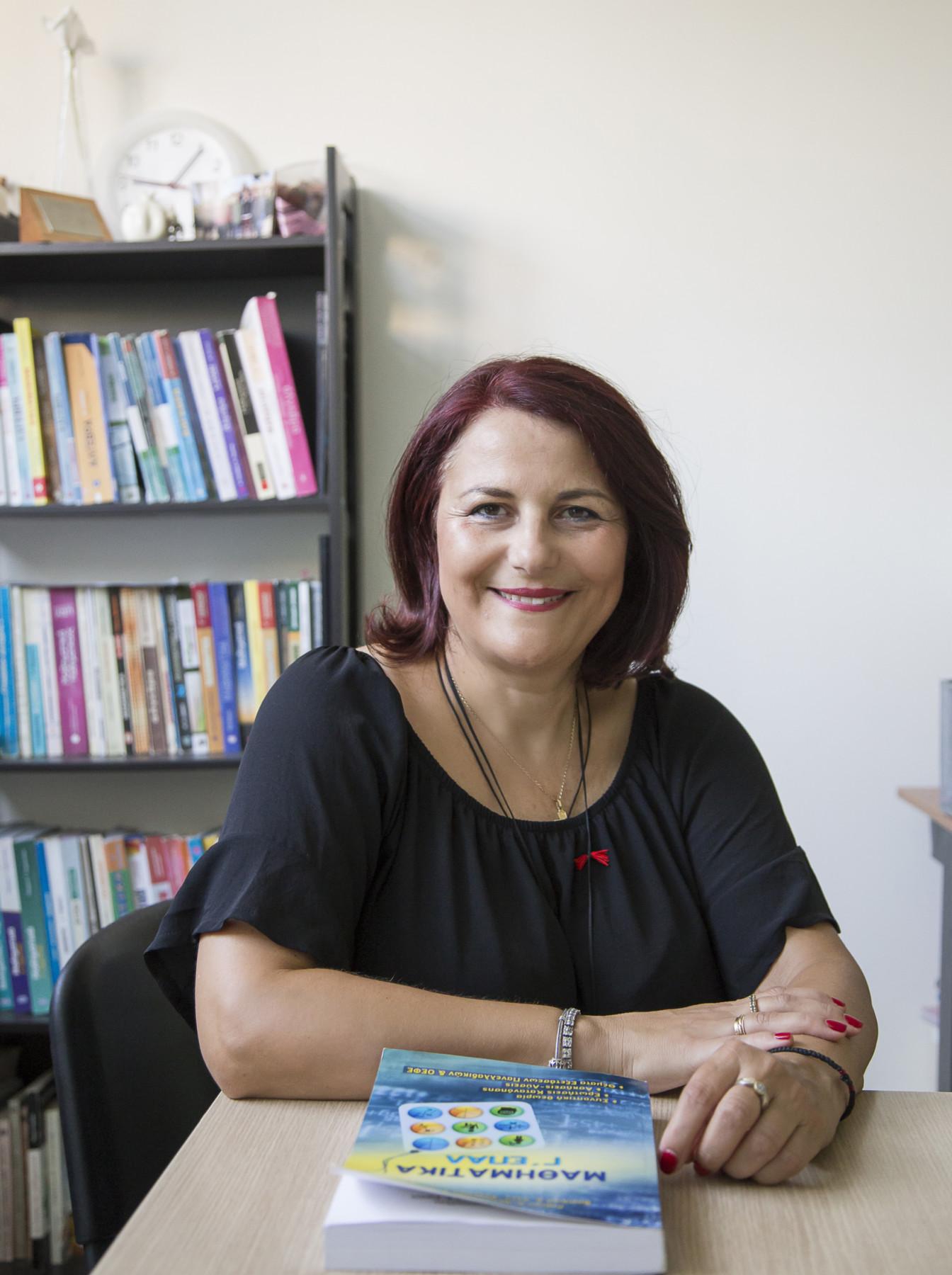 Η κα Βάσω Λαλέ είναι ιδιοκτήτρια του Φροντιστηρίου «Προοπτική»