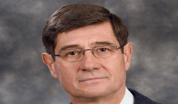 Θεόφιλος Καραχάλιος, MD, Dsc, PhD, Καθηγητής Ορθοπαιδικής Πανεπιστημίου Θεσσαλίας. Φωτ. Βάνια Τλούπα